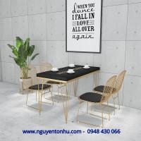 bàn ghế cafe khung sắt,